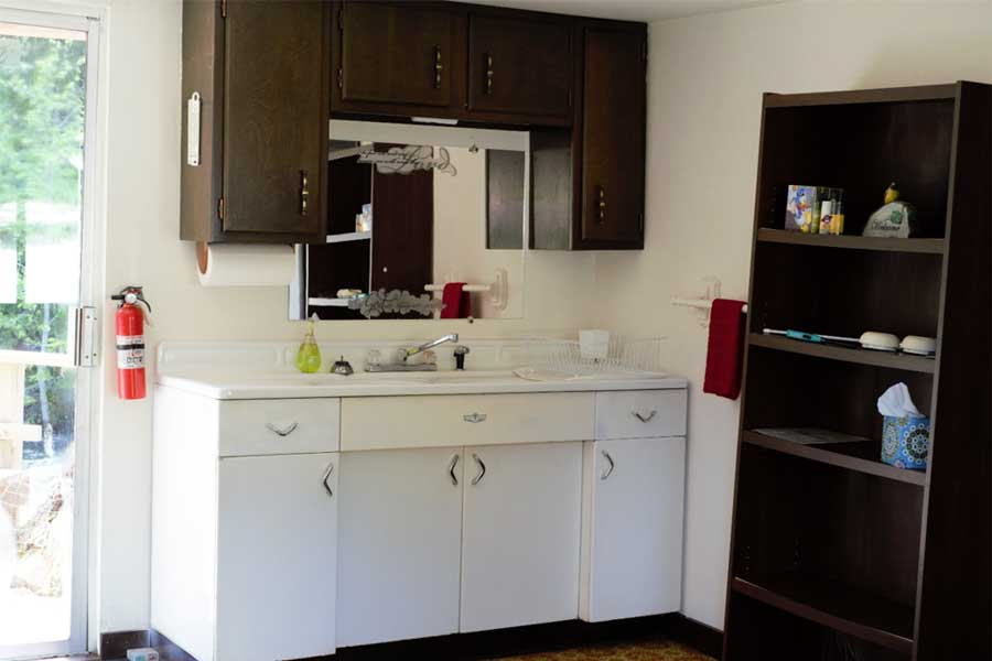 Kitchen in Yakima Cabin - Bumping River Resort